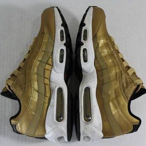 Nike Air Max 95 Premium QS Metallic Gold N210